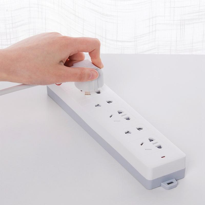 得力(deli)18252插座新国标接线板防触电 总控开关插座/插排/插线板 (3+2插孔 2米线)